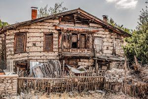 Button House needing restoration