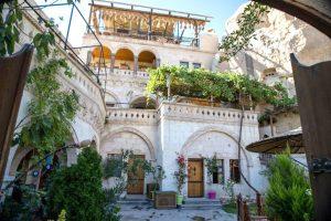 roma cave hotel